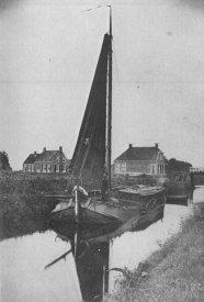 Zuidervaart: schip met turf voor de bakkers